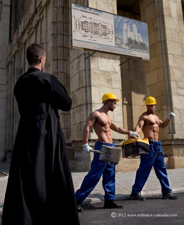 Calendario erótico de curas ortodoxos romanos 2013